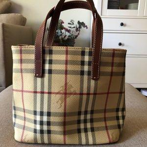 💕Authentic Burberry handbag 👜